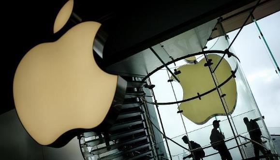 苹果股价暴跌给手机业敲响警钟: 行业天花板肉眼可见